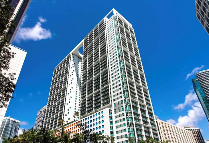 500 Brickell East   Picture 1