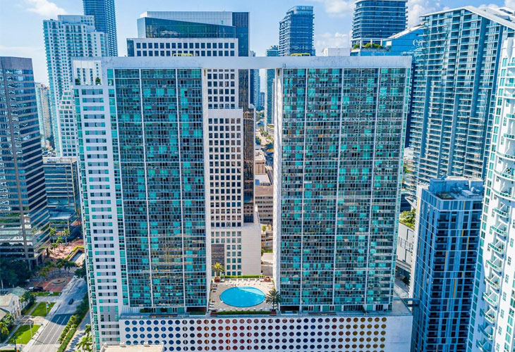 500 Brickell East   Picture 2