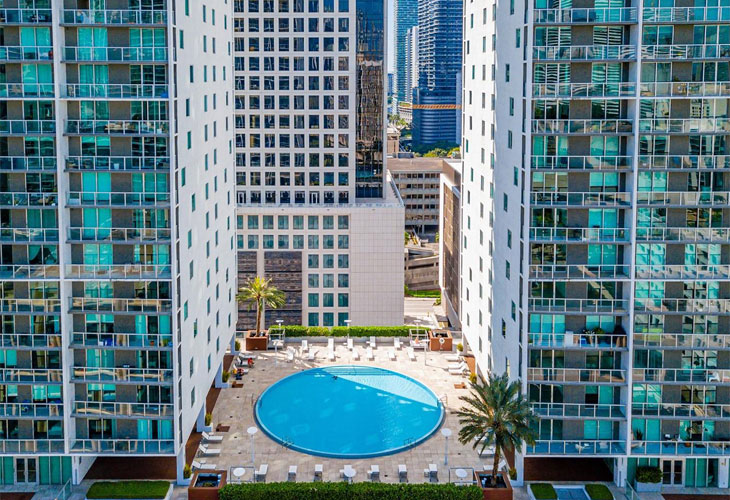500 Brickell East   Picture 3