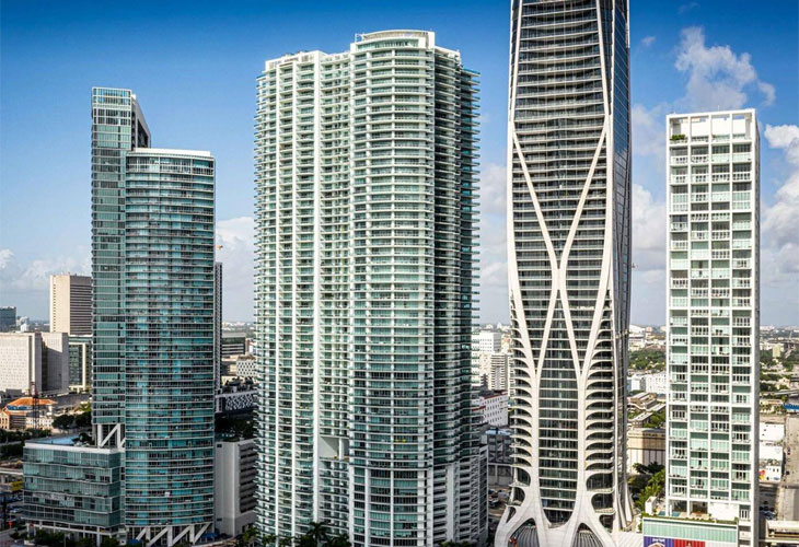 900 Biscayne | Picture 2