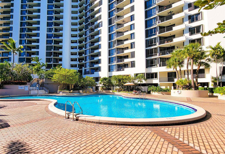 Brickell Key 1   Picture 2