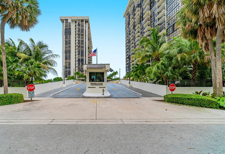 Brickell Place   Picture 2