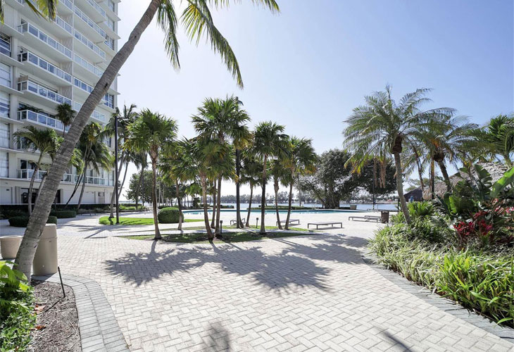 Brickell Townhouse | Picture 3